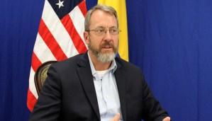 James Story:  EEUU mantiene el control total del dinero de ayuda humanitaria para Venezuela
