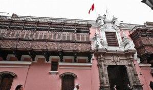 Perú autorizó ingreso de aeronave que trasladará a Evo Morales a México