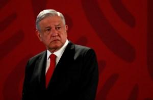 López Obrador firmó convenio para compra de medicamentos