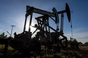 El crudo venezolano cierra a la baja lastrado por la caída de la demanda