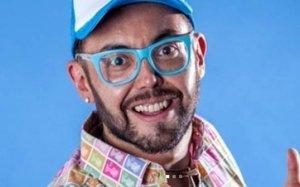 Presentador se cambió de nombre para dejar en el pasado su homosexualidad (+Tuits)