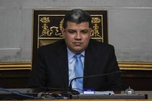 """""""Eres un traidor"""": El favorito de la tradicional """"quema de Judas"""" fue un tal Luis Parra (Videos)"""