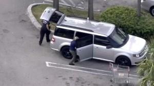 Niño de Miami se dispara en una pierna dentro de un auto