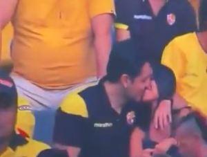 Momento incómodo en la Kiss Cam: Captaron una infidelidad en vivo