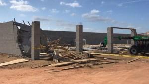 Muro de concreto se derrumba sobre trabajador hispano en Polk