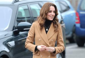 ¿Imita su estilo? Kate Middleton viste como Meghan Markle en sus momentos de glamour (Fotos)