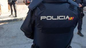 Muere un hombre acuchillado por su hermano en plena calle