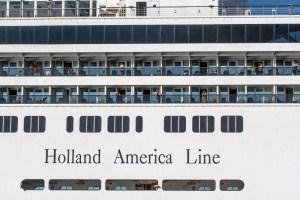 Dueño de cruceros en el Caribe alertó que más personas pueden morir si no consiguen atracar