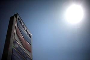 Empresas conjuntas de Chevron en Venezuela reducen trabajos