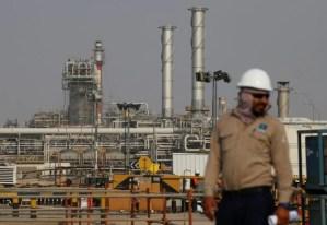 Arabia Saudita aumentará exportaciones de petróleo a récord de 10,6 millones de barriles diarios