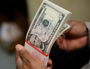 Conozca cinco datos de las cuentas en dólares en bancos venezolanos