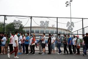Ante el aumento de casos, Pekín emprende campaña de test para evitar más contagios