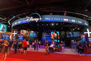 Disneyland no reabrirá tras repunte de casos por coronavirus en California