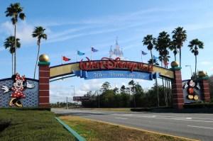Podrían retrasar la reapertura de Walt Disney World ante preocupaciones por coronavirus