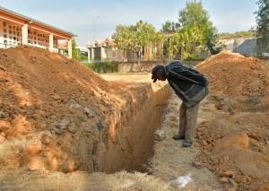 Vivir con muertos: El drama en una región boliviana al colapsar un cementerio (Fotos)