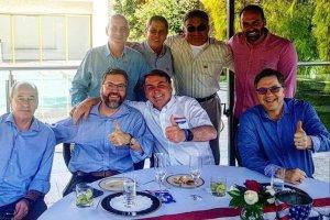 Un almuerzo con el embajador de EEUU y otro con empresarios: La agenda de Bolsonaro antes de dar positivo de Covid-19