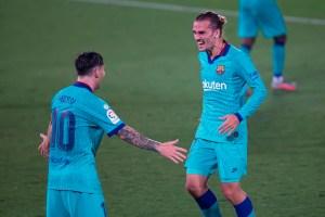 Messi y Griezmann mantienen vivo al Barcelona en la lucha por La Liga