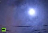 EN VIDEO: Un meteoro explota sobre Japón y libera una energía equivalente a 150 toneladas de dinamita