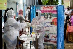 India roza las 100 mil muertes por coronavirus