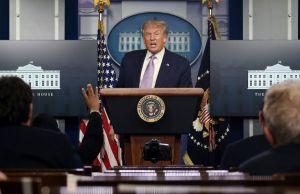 """Trump dice que hombres pueden sentirse """"insultados"""" si Biden opta por una vicepresidenta"""