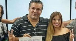 En Fotos: ¿Quién es la mujer a la que diputado argentino le bajó la blusa y le beso un seno en plena sesión virtual?