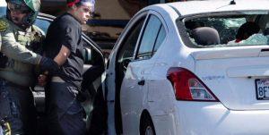 Vehículo conducido por una mujer arrolló fatalmente a varias personas durante una protesta en EEUU