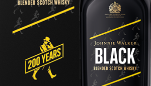 Johnnie Walker cumple 200 años y sigue caminando