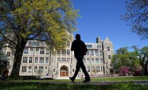 Estudiantes universitarios de EEUU exigen recortes de matrícula por el tiempo de clase reducido