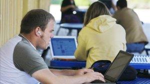 Miami-Dade reanuda las clases en los campus nuevamente