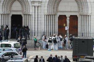 Policía francesa frustra un presunto atentado terrorista en Sartrouville tras los ataques en Niza y Aviñón