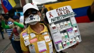 Dictadura de Maduro condena a muerte a pacientes de VIH: Fallecimientos se duplicaron en un año (Video)