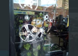 Lanzaron una granada en local comercial de Maracaibo (Fotos)