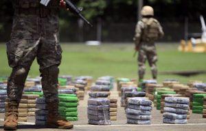 """""""Guerra contra las drogas"""" de EEUU en América Latina necesita reforma por retos de Covid-19"""