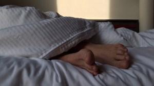 Un hombre pierde todos los dedos de los pies tras superar una grave enfermedad