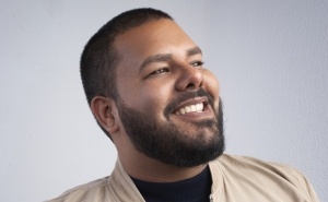 """Conquistando la plataforma 2.0: Con """"Beauty Bar Venezuela"""" Omar Piselli logra posicionarse"""