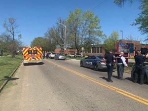 Estudiante armado murió en enfrentamiento con la Policía en escuela de Tennessee