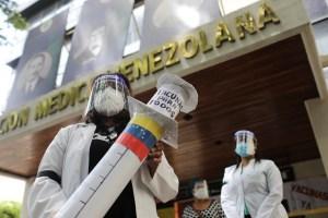 Especialistas venezolanos alertaron que vacunas en el mercado negro no son confiables