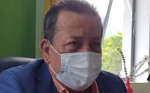 """Con pistola en mano, """"motochoros"""" asaltaron al alcalde de San Cristóbal"""