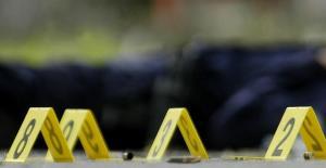 """Niña de siete años murió al """"jugar"""" con una pistola en Colombia"""