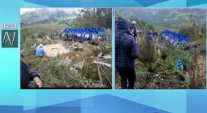 Decenas de muertos tras volcamiento de autobús en ruta andina de Perú