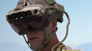 De los videojuegos al combate: Cómo son las gafas de realidad aumentada de Microsoft