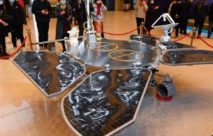 El robot Zhurong de China logró ser posicionado en Marte
