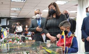 """La sede del Cicpc, un lugar donde supuestamente se """"combate el crimen""""… y se premian maquetas (FOTOS)"""