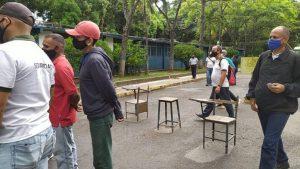 Vigilantes de la Universidad de Carabobo alertaron sobre un brote de Covid-19