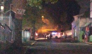 Incendio en transformador dejó sin luz a un sector de El Llanito este #22Jun (Videos)