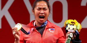 La primera medallista de oro de Filipinas recibirá casi un millón de dólares en premios