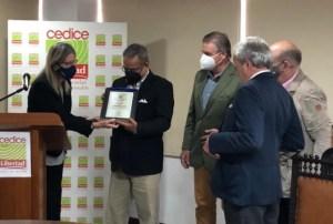 Cedice otorga Premio Anual de Periodismo Económico Milton Friedman 2021 a La Patilla
