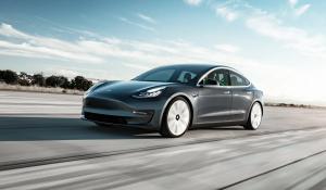 Se le cayó el negocio a Tesla: Cobran 16 mil dólares por reparar una avería que en un taller cualquiera cuesta 700
