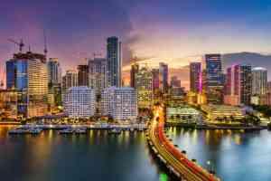 """Miami, """"la ciudad mágica"""" que busca dejar atrás la pandemia y celebrar sus 125 años de aniversario"""