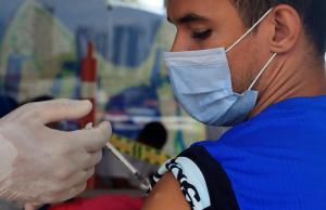 Para tener en cuenta: Los cuatro factores que incrementan el riesgo de contraer Covid-19 después de vacunarse